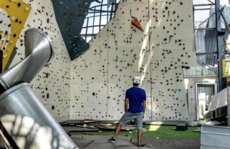 The FLYP climbing hall in Beirut needs support for its reconstruction