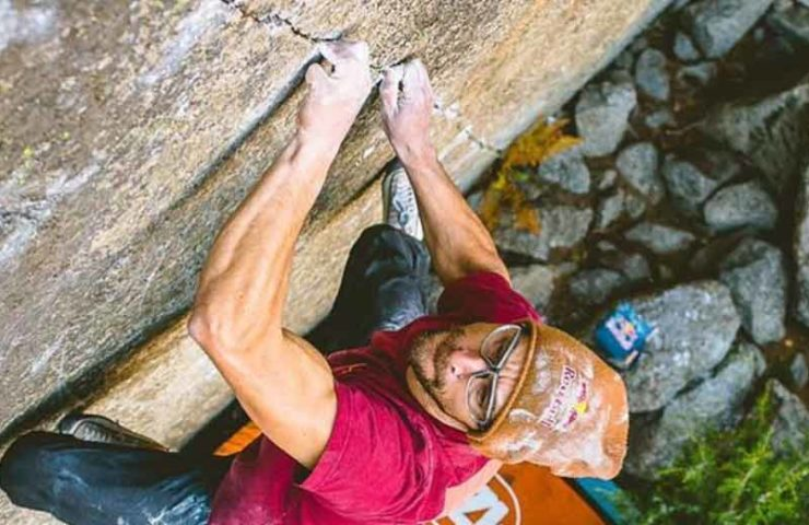 Bernd Zangerl eröffnet Boulder Grenzenlos im Valle Dell'Orco