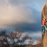 James Pearson y Caroline Ciavaldini escalan difíciles clásicos de la piedra arenisca