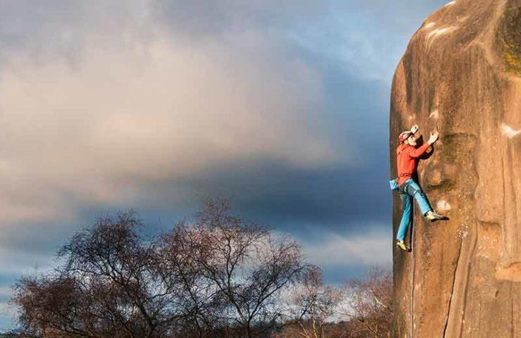 James Pearson & Caroline Ciavaldini klettern schwierige Gritstone-Klassiker