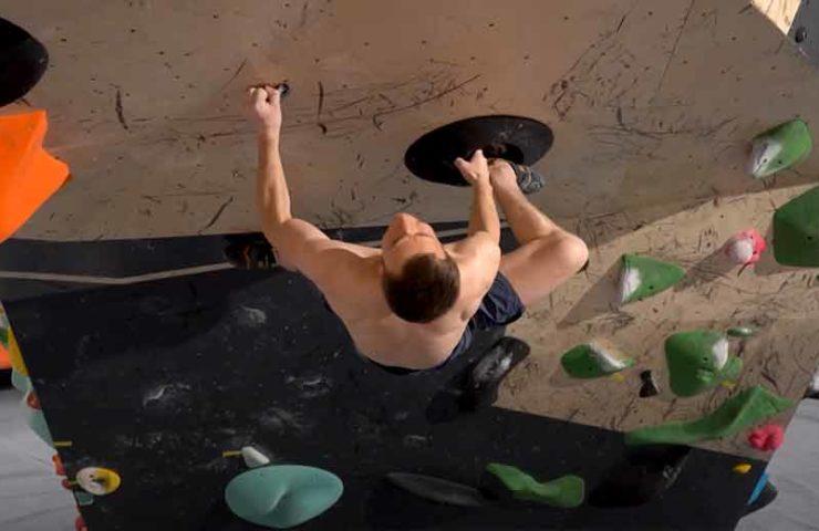 Wer schraubt den schwierigsten Boulder: Magnus Midtbo vs. Pete Whittaker