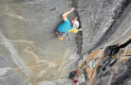MSL first ascent in Val Bavona: Alexandra Schweikart and Christopher Igel climb Space Force (8a +)