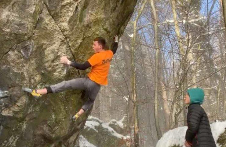 Nicolai Uznik bouldert schon wieder 8c: Witchcraft erstbegangen