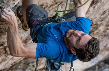 Stefano-Ghisolfi-over-the-most-difficult-route-Italy-Erebor- (9b)