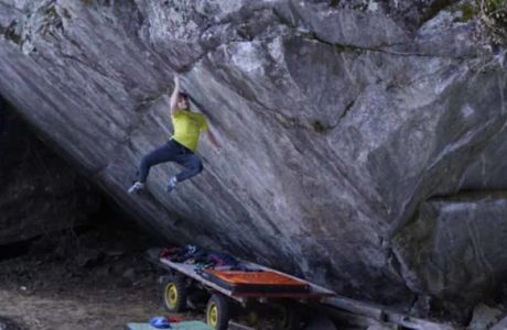 Nils Favre climbs dream line Off the Wagon (8b +)