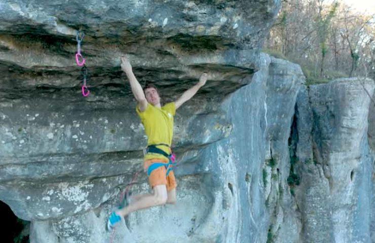 Was für abgefahrene Moves: Seb Bouin klettert Rouhling-Klassiker
