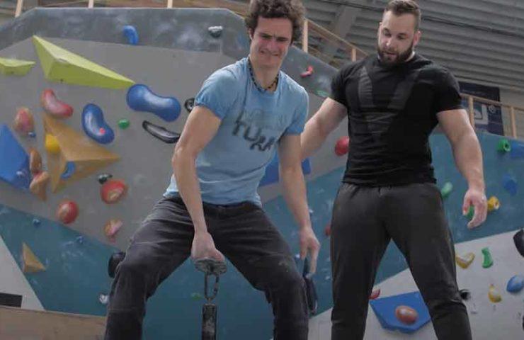 Adam Ondra gegen Bodybuilder Anabolic Horse: Wer gewinnt?