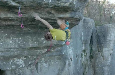 Climbing until the ribs break: Seb Bouin in De l'autre côté du ciel