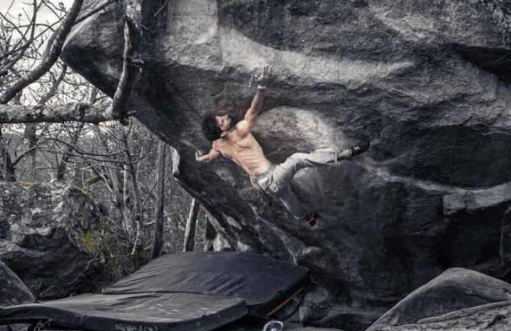 Nico Pelorson wiederholt den 9a-Boulder Soudain Seul in Fontainebleau