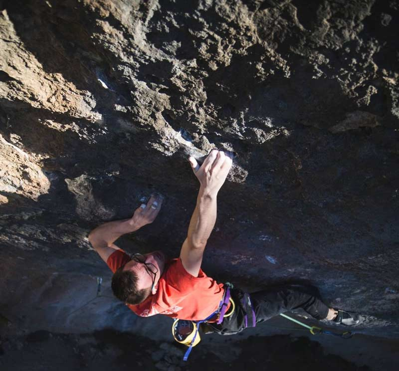 William Bosi on the first ascent of King Capella (9b +) in Siurana. (Image Band of Birds)