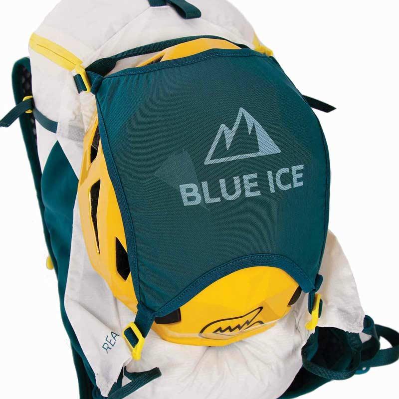 El Reach 12 de Blue Ice también tiene un soporte para casco.