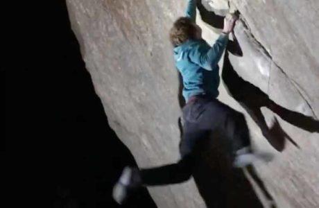 Dylan Chuat eröffnet Boulder SBédo (8b) im Val Bavona