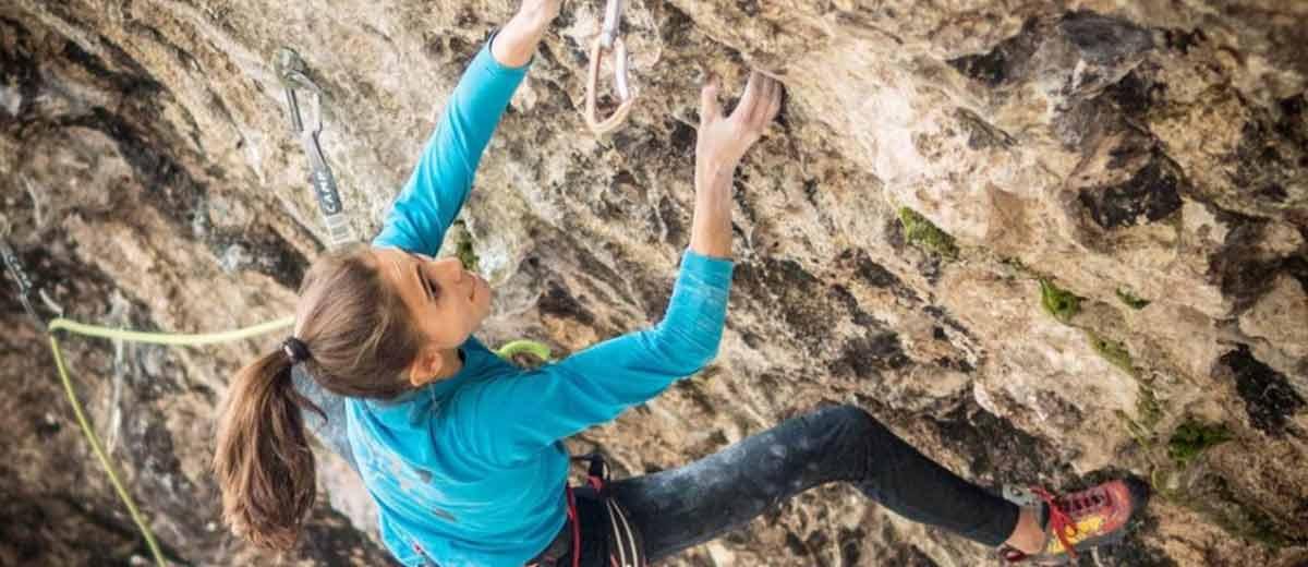 Laura-Rogora-klettert-mit-Terapia-d-urto-schon-wieder-9a-