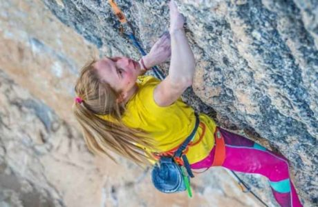 Überfliegerin Martina Demmel klettert 9a im fünften Versuch