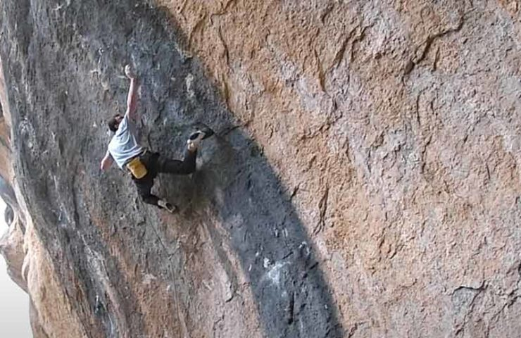 Video: William Bosi begeht die 9b+ Route King Capella