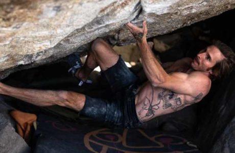 Daniel Woods bouldert Grand Illusion (8c+)