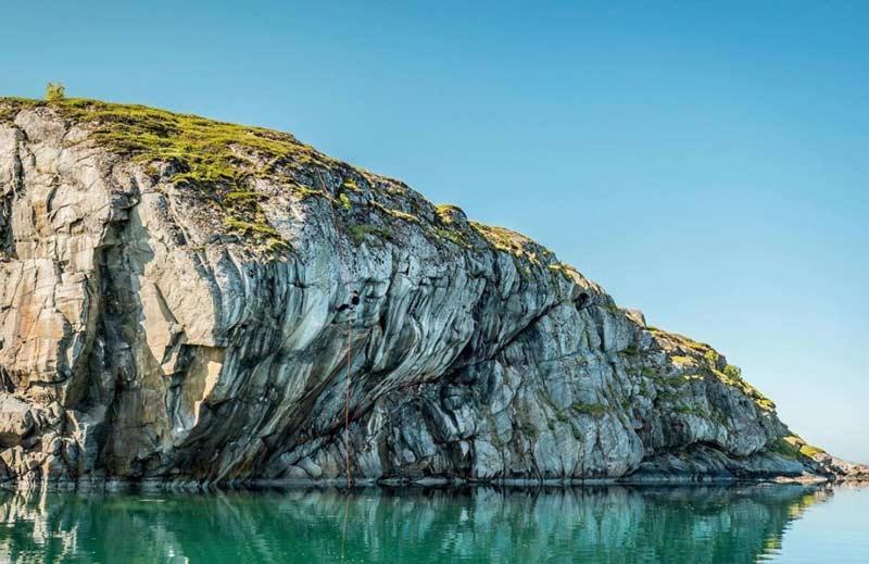 El impresionante bar de rock de la costa de Noruega. (Foto Marco Zanone)