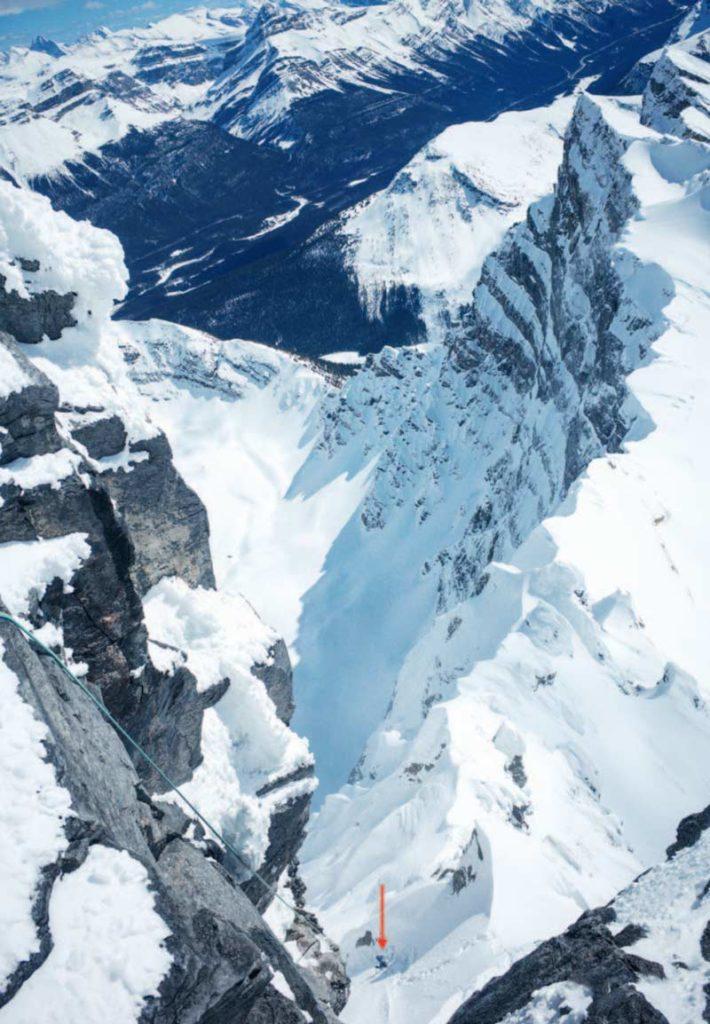 Das letzte Foto von den dreien. Das Foto zeigt David am Fuß der letzten Abseillänge vom Südwestgrat in die Schneerinne, durch die sie aufgestiegen waren. Foto: Hansjörg