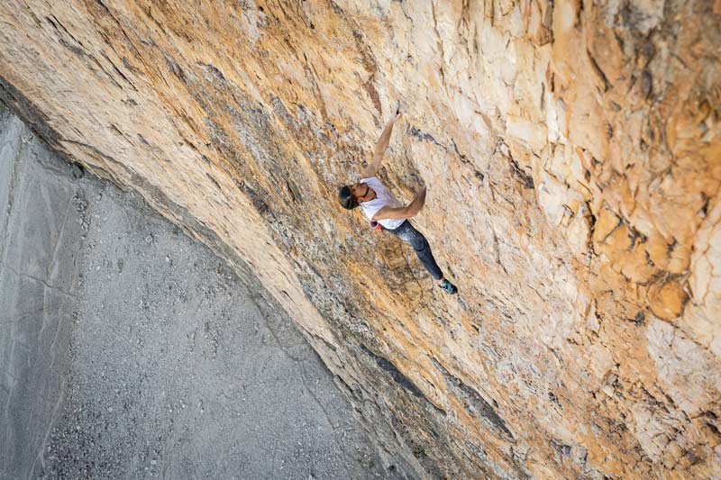 Dani Arnold with his free solo speed record on the Großer Zinne. Photo: Franz Hinterbrandner
