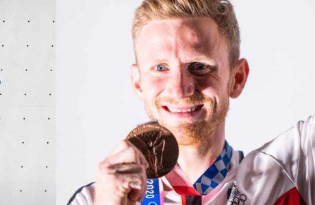 Jakob-Schubert-sobre-la-medalla-de-bronce-olímpica-en-Tokio