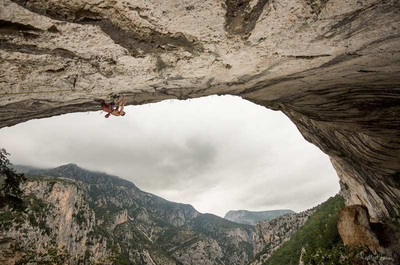 Die stark überhängende Route bei La Ramirole (Bild Raphael Fourau)