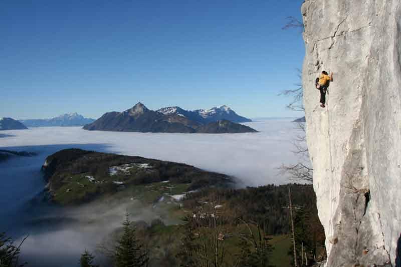Klettern an der Fallenflue. (Bild: Lucas Iten)