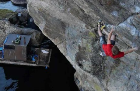 Nalle Hukkataival opens DWS route el Tippa Tapa (8c) in Finland