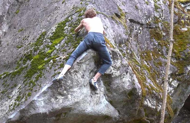 Even professionals sometimes tremble when they exit bouldering